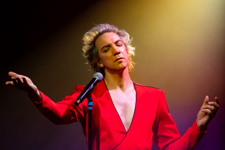 Sven Ratzke zingt David Bowie in Where are we now